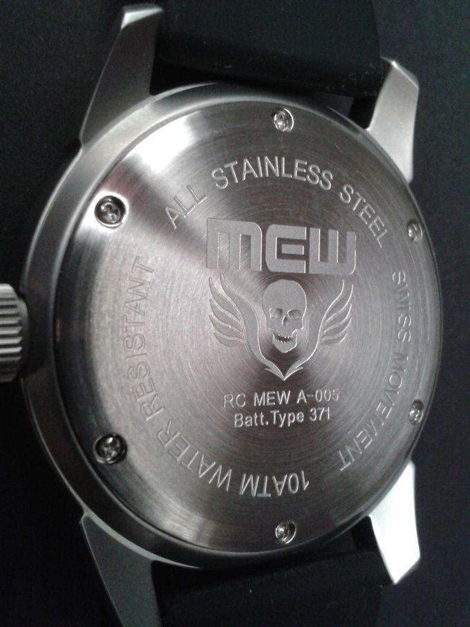 MEW 005 Depth Pilot, A Swiss, sleek, classic, travel watch by Mengu Evrensel  @ Mew Tactical —Kickstarter