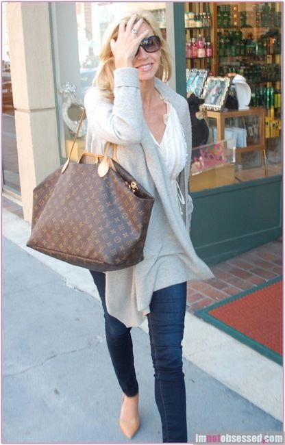a7e5afb0413a Louis Vuitton Neverfull .. love