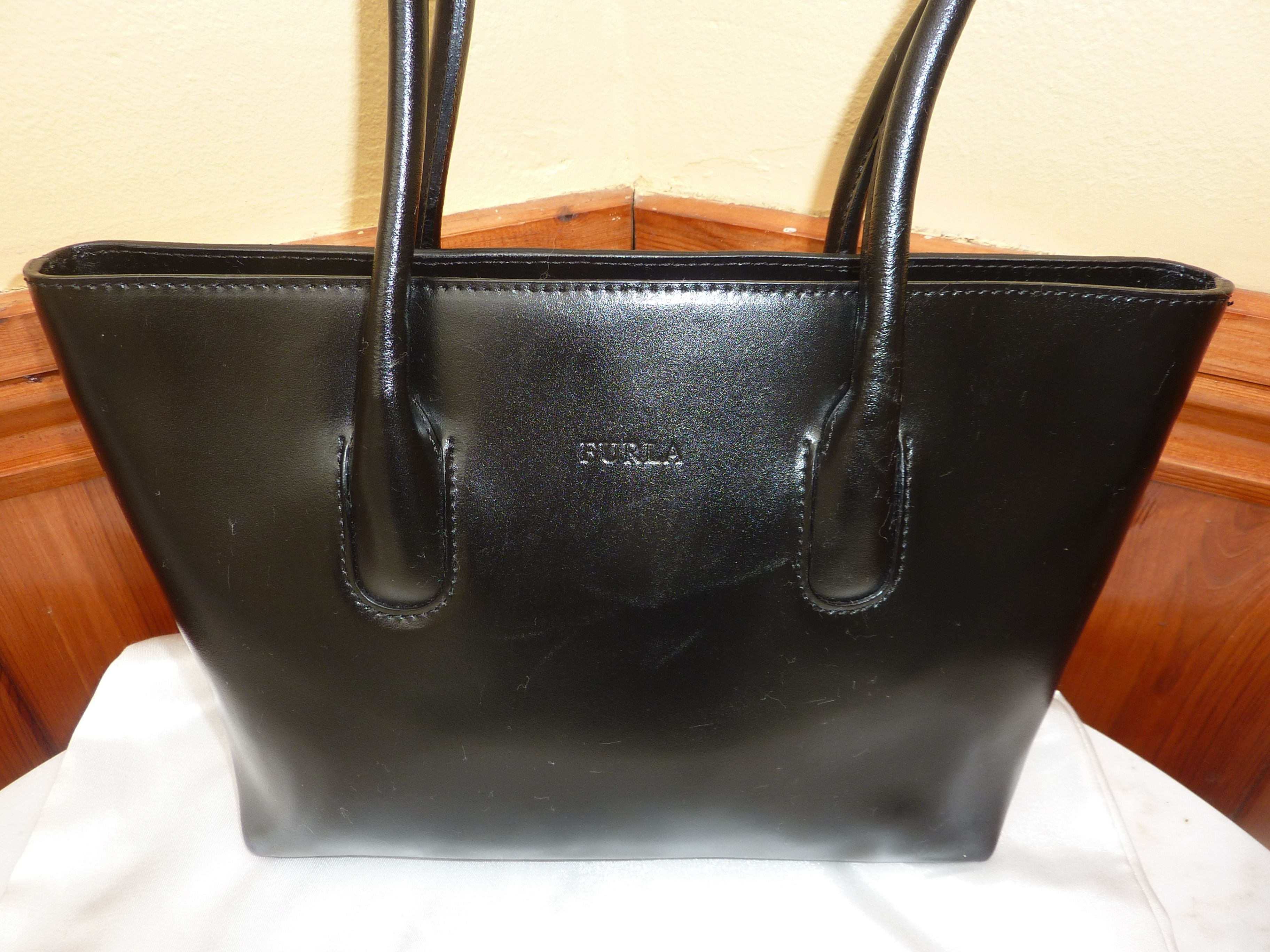 Furla Small Leather Black Shoulder Bag Dustbag 44 99 Including Free Shipping To The
