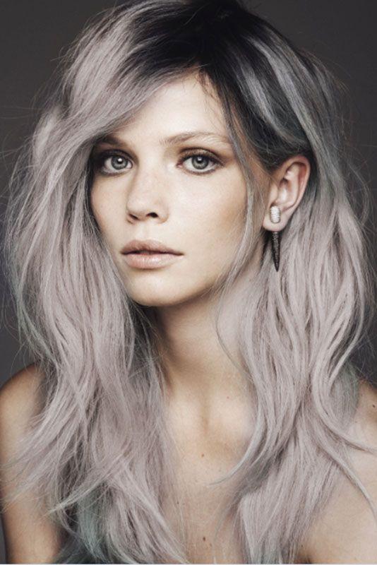 Grau Rosa Haare Mit Dunklem Ansatz Granny Hair Cheveux Cheveux