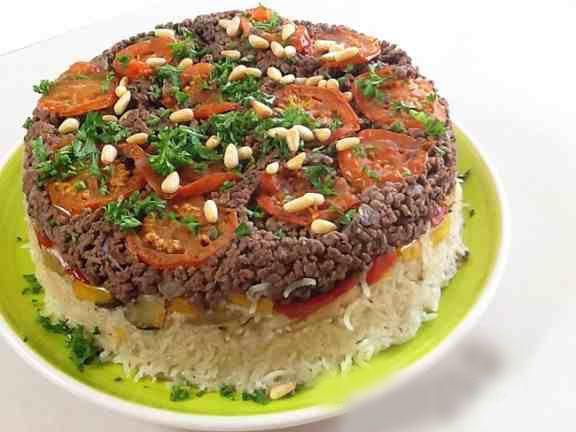 بالصور أستمتع مع طريقة عمل مقلوبة اللحم المفروم Maqlooba Recipe Recipes Food