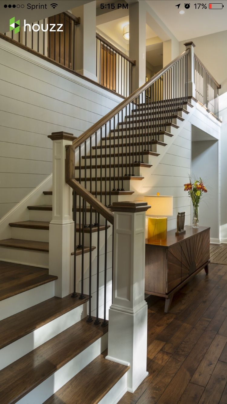 Wooden Railing And Metal Spindle Very Clean Look Home Design Stairs And Hallways