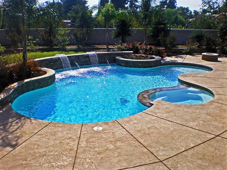 Pool Decking The Best Way To Spruce Up The Area Around Your Orange County Pool Premier Pools Spas Premierpo Swimming Pool Designs Spa Pool Backyard Pool