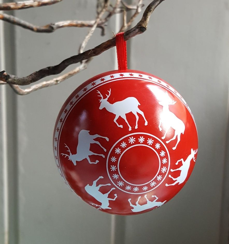 Red and white tin reindeer bauble/gift box- Gisela Graham Nordic Yule (With images ...