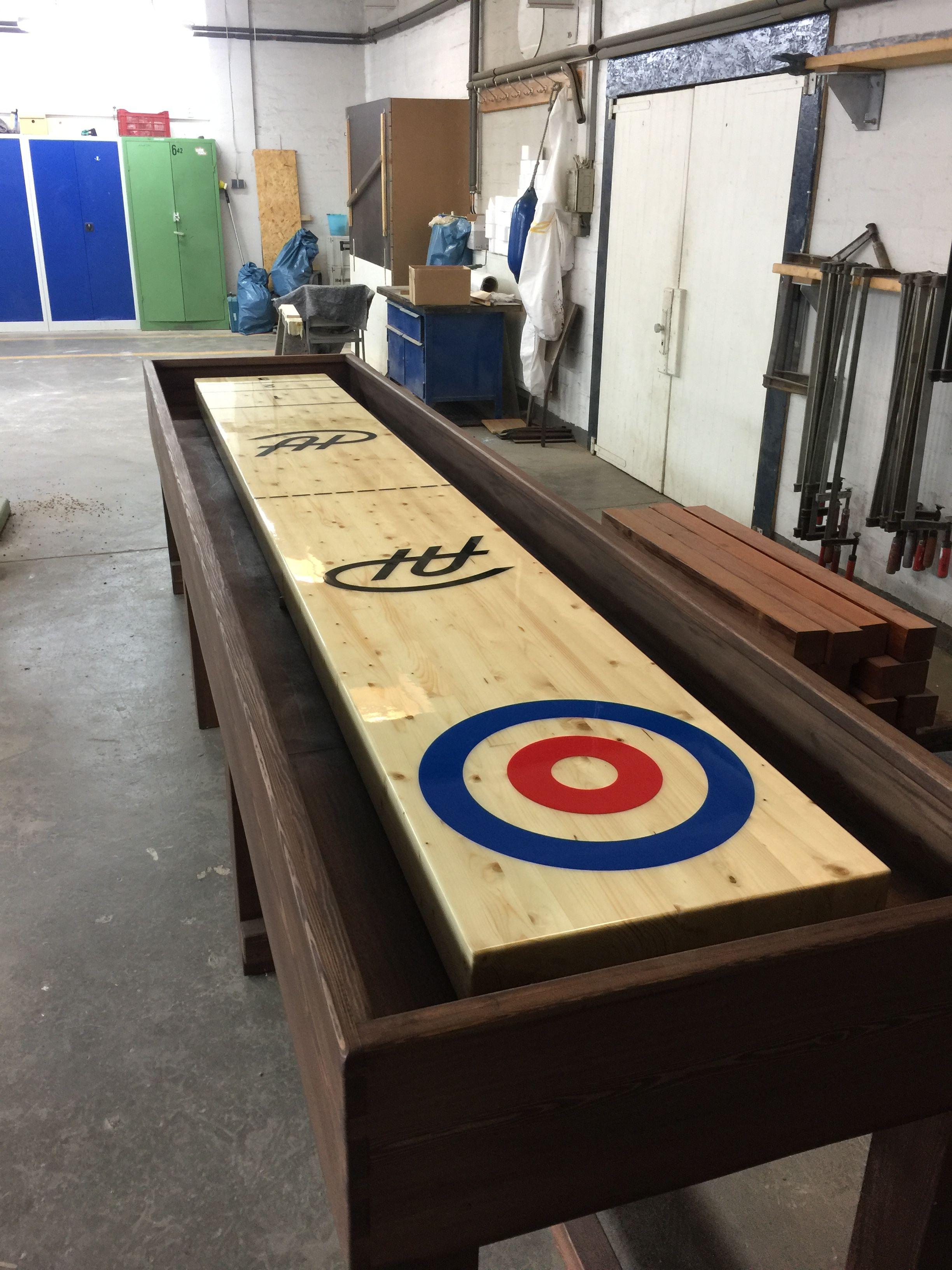 Tisch Shuffleboard