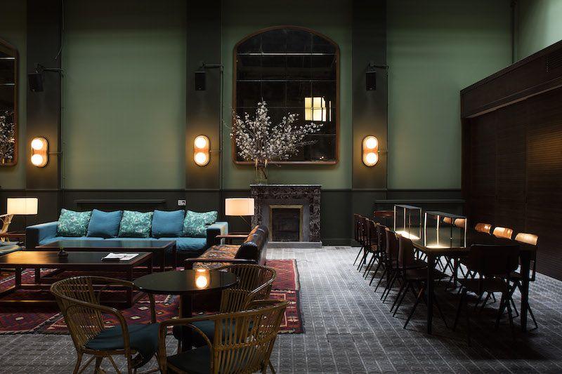 Hotel Casa Bonay bar restaurante lampara Santa&Cole 1