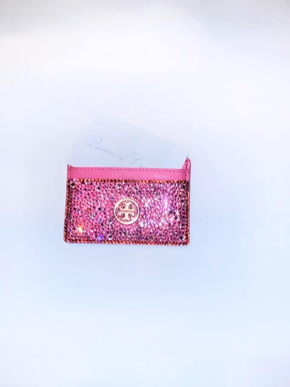 Tory Burch Custom Swarovski Crystal CC Holder. #toryburch #ilovepink #palmsprings #artdeco #westpalmbeach #posh #sparkle #swarovski #ccholder #money #wallet #laurenlyle #queenofcrystal #holidaygifts #stockingstuffers