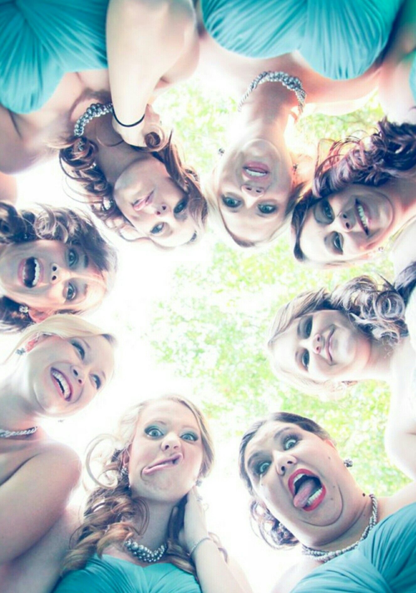 Funny Group Photo Pose Ideas : funny, group, photo, ideas, Group, Photo, Bridesmaids, Photos,, Bridesmaid, Pictures,, Wedding, Picture, Poses