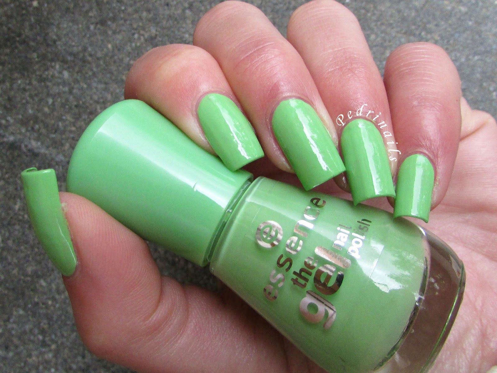 Swatch + Review: Essence - The gel nail polish (Brazil jungle ...