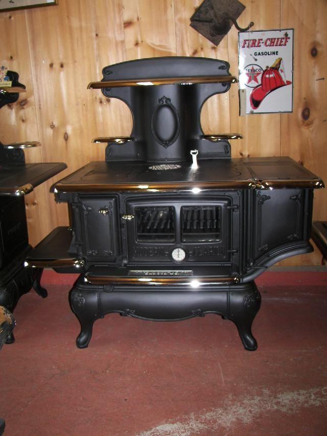 Make Modern Clarion Model 8 20 Item 7631 Year 1910 S Manufacturer Wood Bishop Co Bangor Maine Pric Vintage Stoves Wood Stove Fireplace Wood Stove