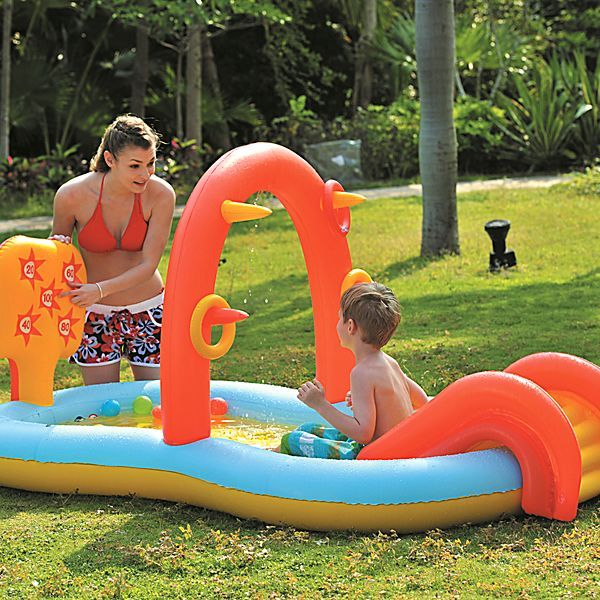 Jilong Slidding Spray Pool 225x124x104 Cm Kinderpool Planschbecken Kinder  Schwimmbecken Mit Rutsche Wassersprüher Wasserspritze Mit  Gartenschlauch Anschluß ...