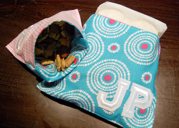 Tutorial: Personalized, Reusable Snack Bags