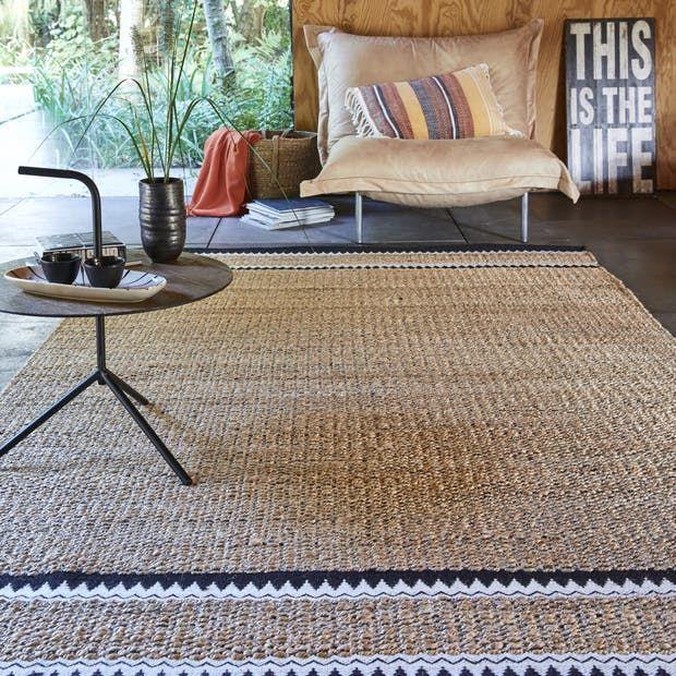 tapis noir et blanc rectangulaire l160 x l230 cm