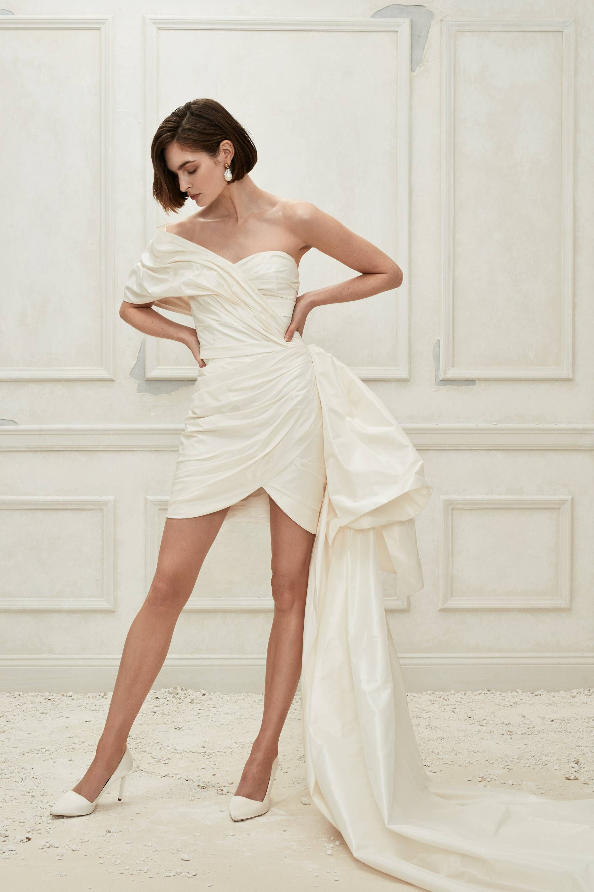 a25d742fb2d Short Wedding Dresses To Wear To Your Reception