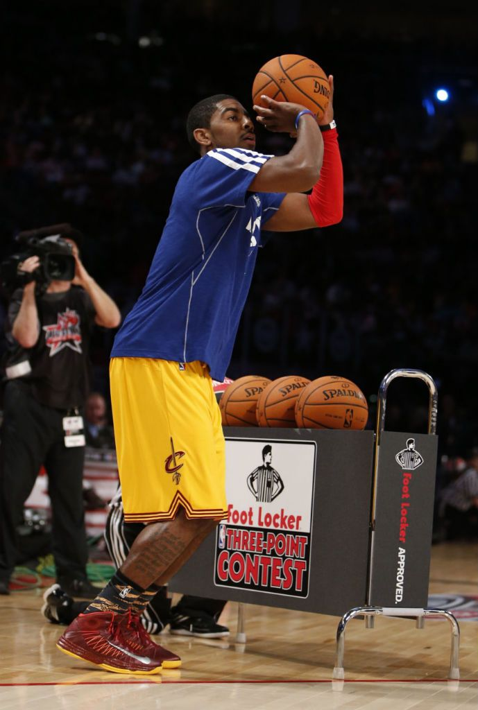 Kyrie Irving wearing Nike Lunar Hyperdunk 2012 PE and winning the 2013 3  point shootout contest