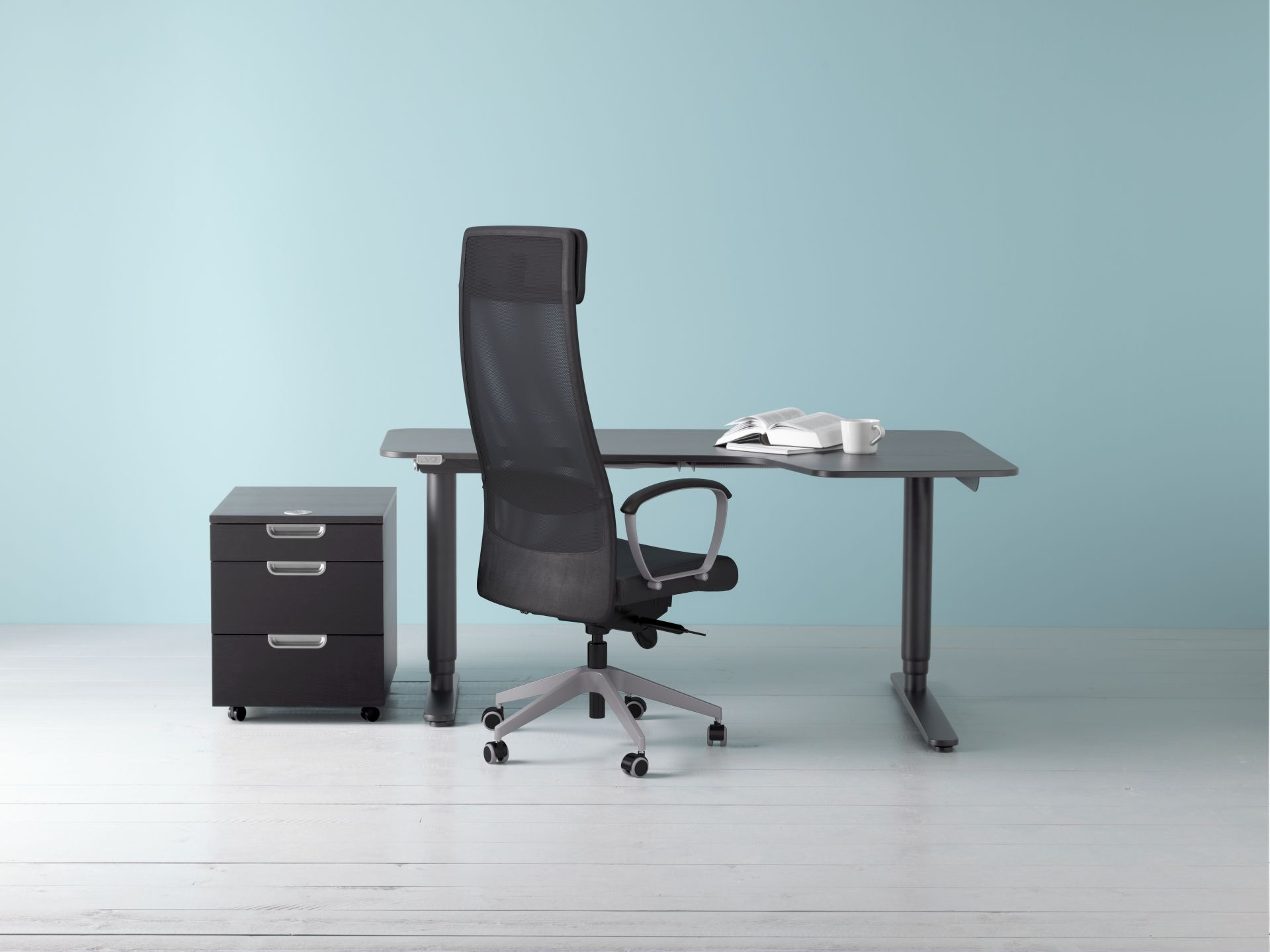 affordable markus bureaustoel nieuw ikea ikeanl bekant bureau zwart kantoor werk werken office. Black Bedroom Furniture Sets. Home Design Ideas