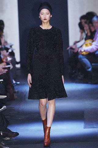 Prada Fall 2005 RTW - Runway Photos - Fashion Week - Runway, Fashion Shows and Collections - Vogue