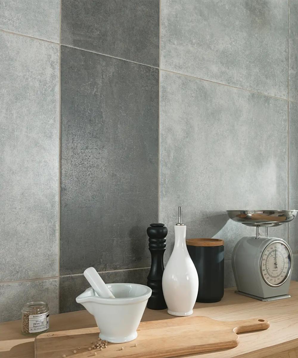 Abrasio Basalt 31 5x61 5 Tile In 2020 Bathroom Wall Panels Tiles Topps Tiles
