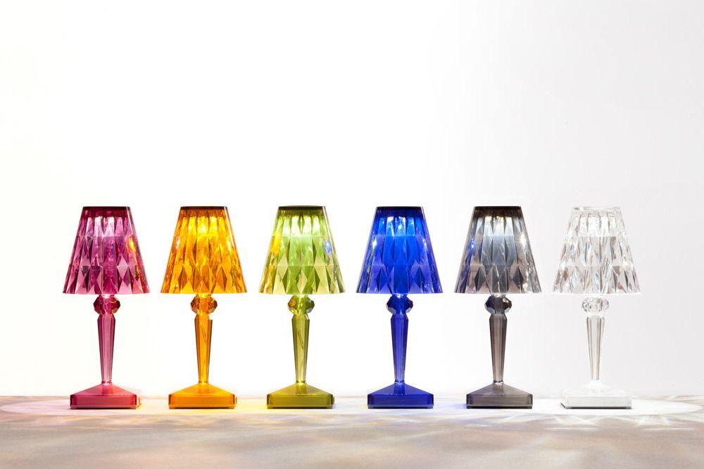 Battery Lamp Designer: Ferruccio Laviani per Kartell. Un\'abat-jour ...