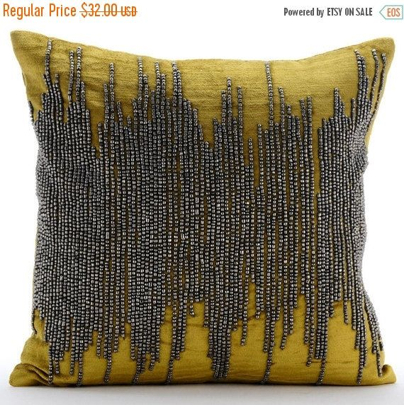 Velvet Chartreuse Green Throw Pillow Cover 16 X16 Decorative Couch Throw Pillow Case Abstract Pattern Modern Style Chartreuse Spill Bantal Primitif