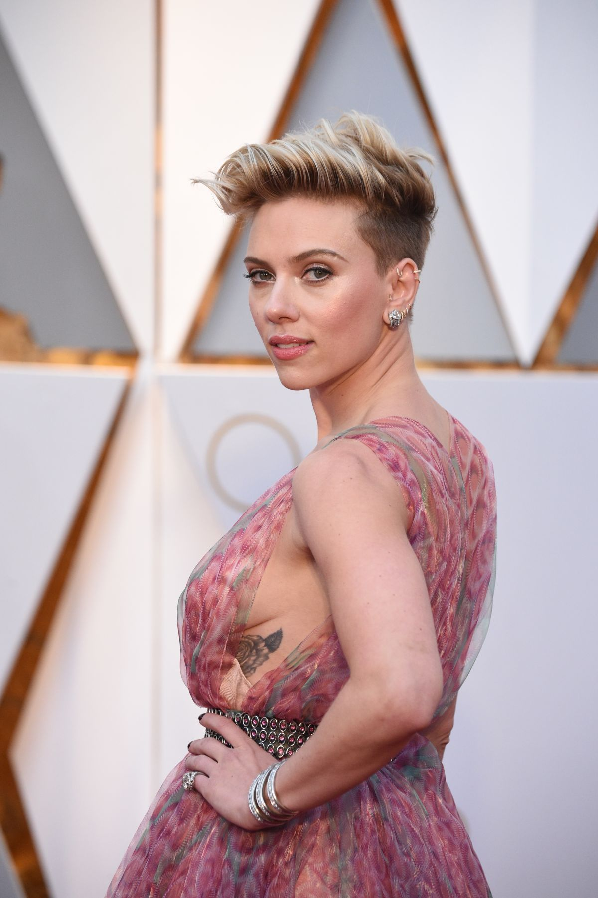 Johansson side boob, free online painful porn movies