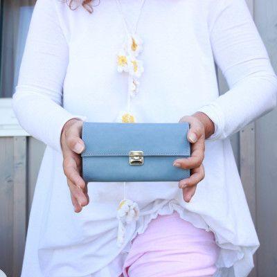 Womens wallet leather light blue