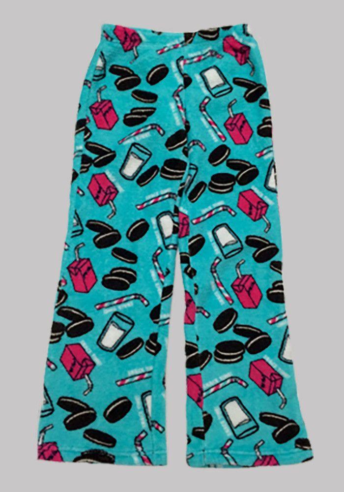 38bbf372a So Nikki Oreo Fuzzy Pajama Pants