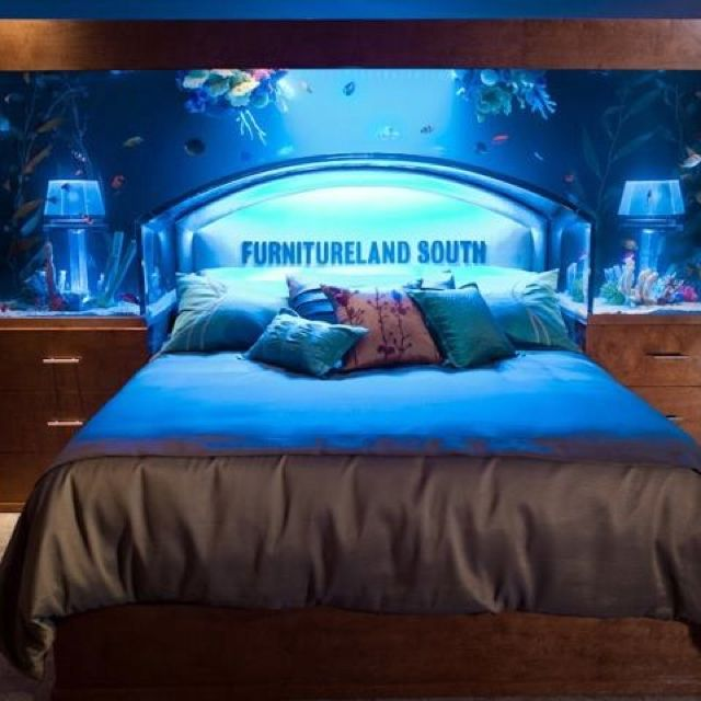 Tanked: Aquarium Headboard!!! Would Love To Have This In My Room With
