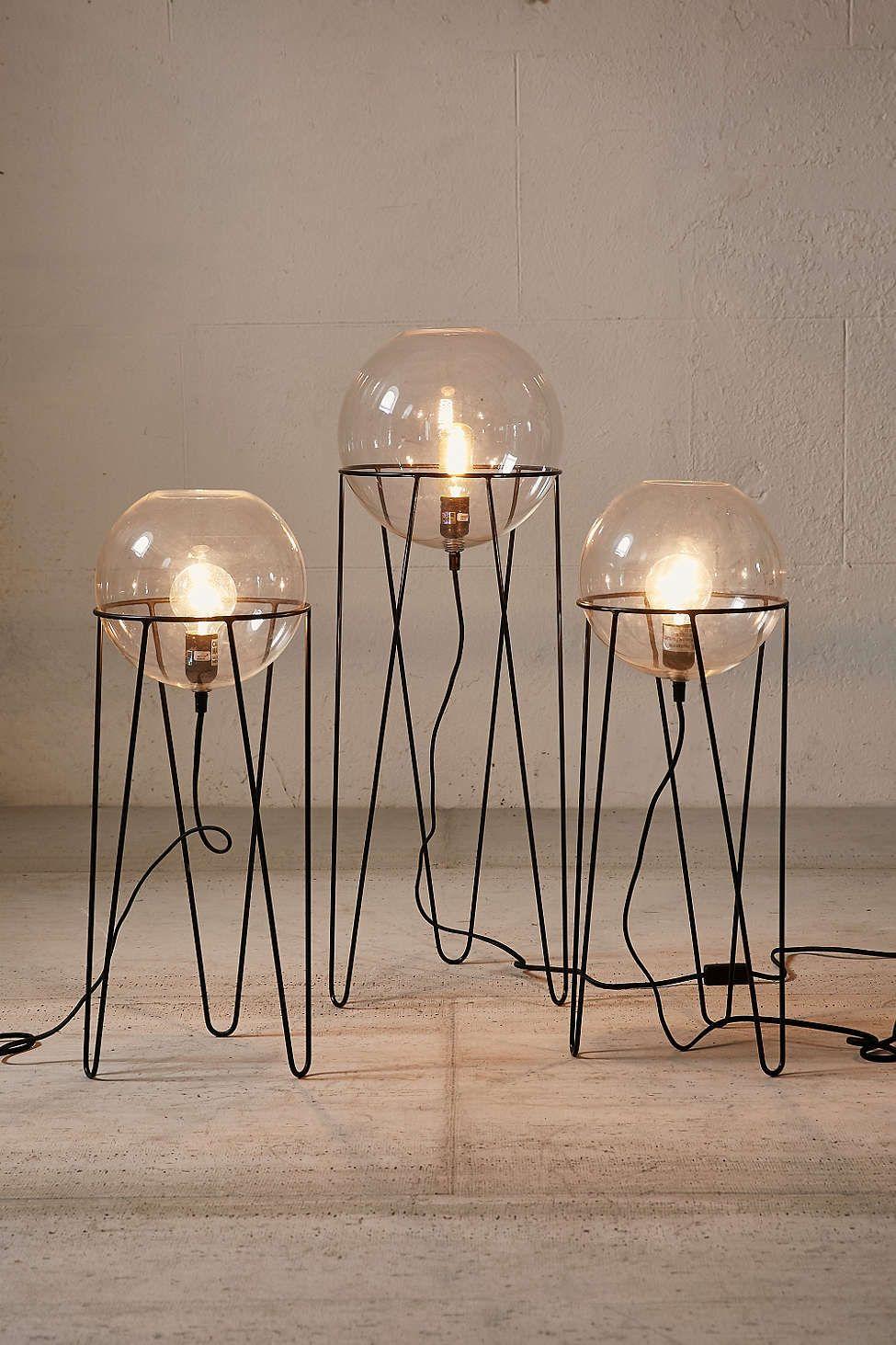 Lampe sur pied globe baxter lights pinterest for Globe luminaire