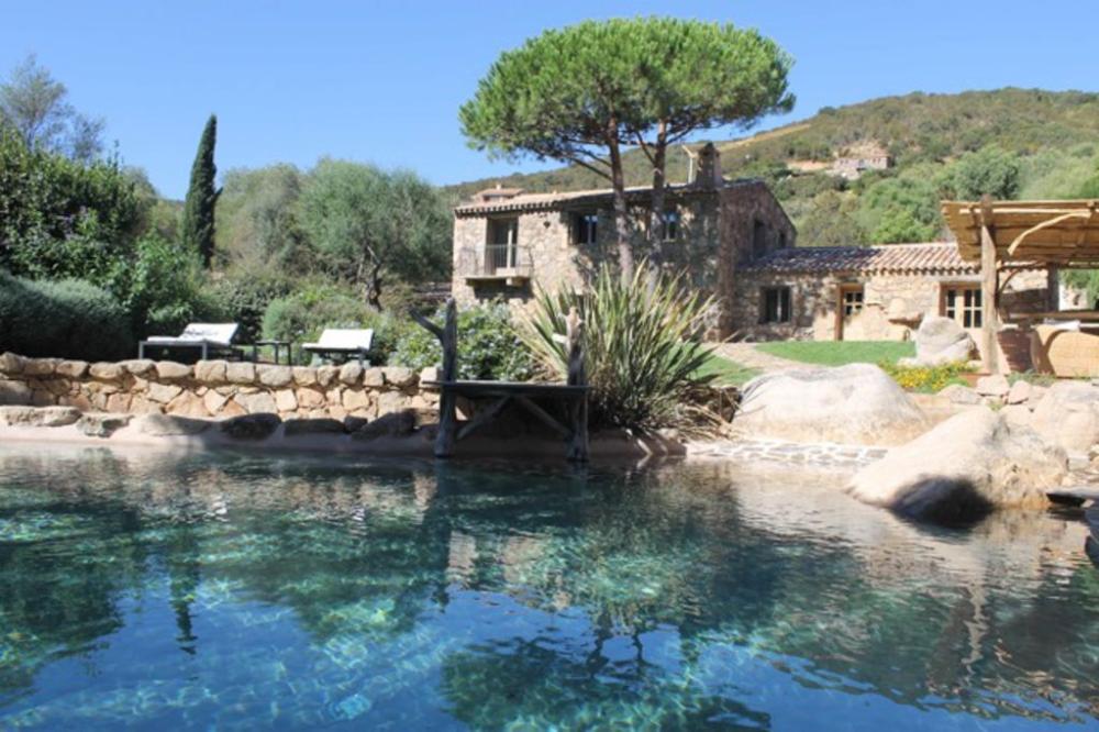 Superbe Villa Corse Traditionnelle En Pierre A 5 Minutes De La Belle Plage De Sable Porto Vecchio Villa Corse Porto Vecchio Maison De Vacances