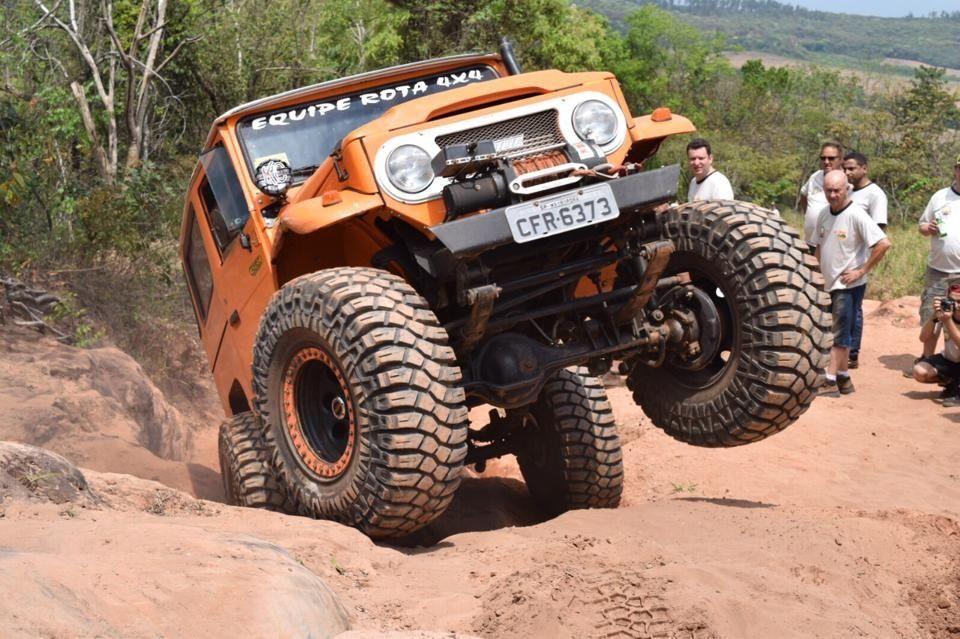 Encontro De Gigantes Em Ribeirao Preto Sp Toyota Jipe Jeep