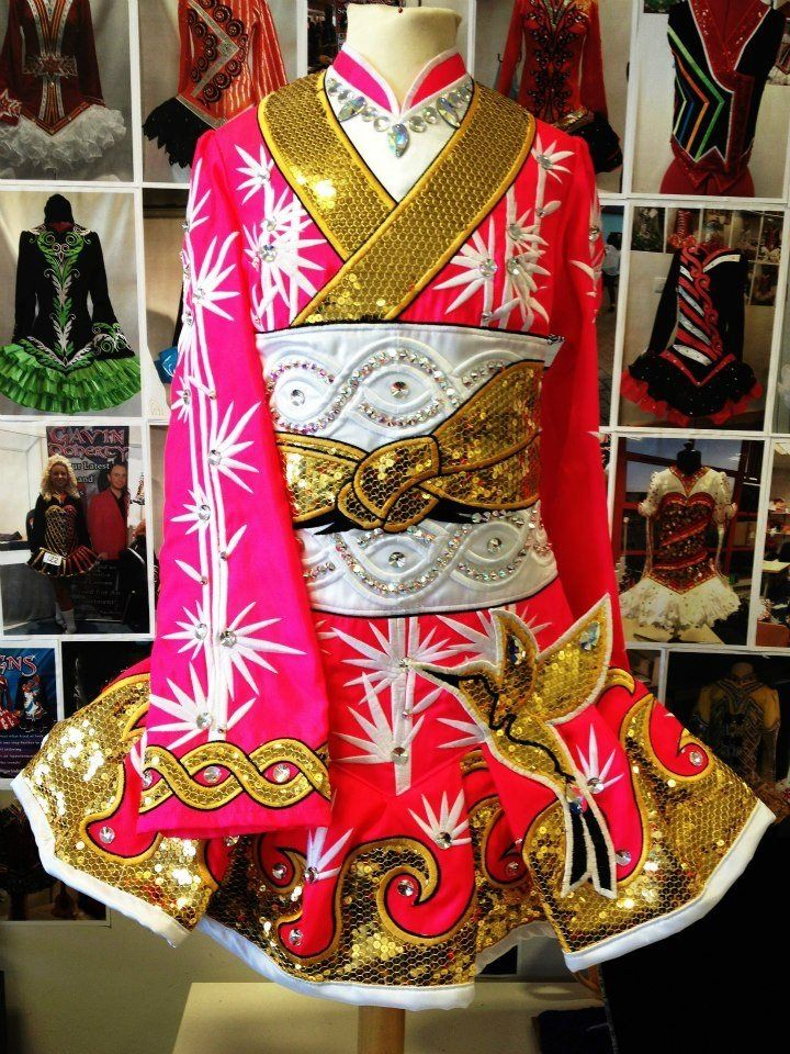 Since I Love The Kimono Style Dresses I Ve Seen On: Gavin Kimono Style Irish Dress. Strange But Pretty