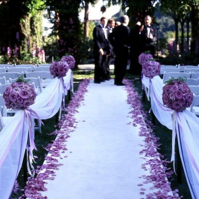 Wedding ceremony with rose petals the many ways to use rose petals wedding ceremony with rose petals junglespirit Gallery