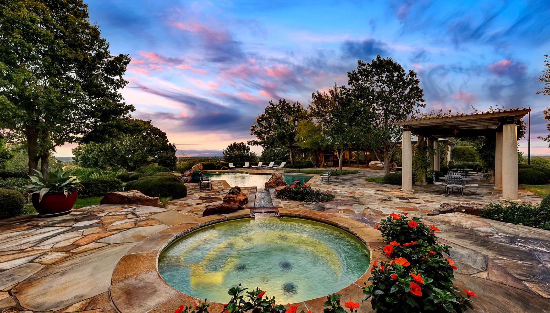 Luxury Ranch Pool Near Aledo Texas Luxury ranch, Ranch