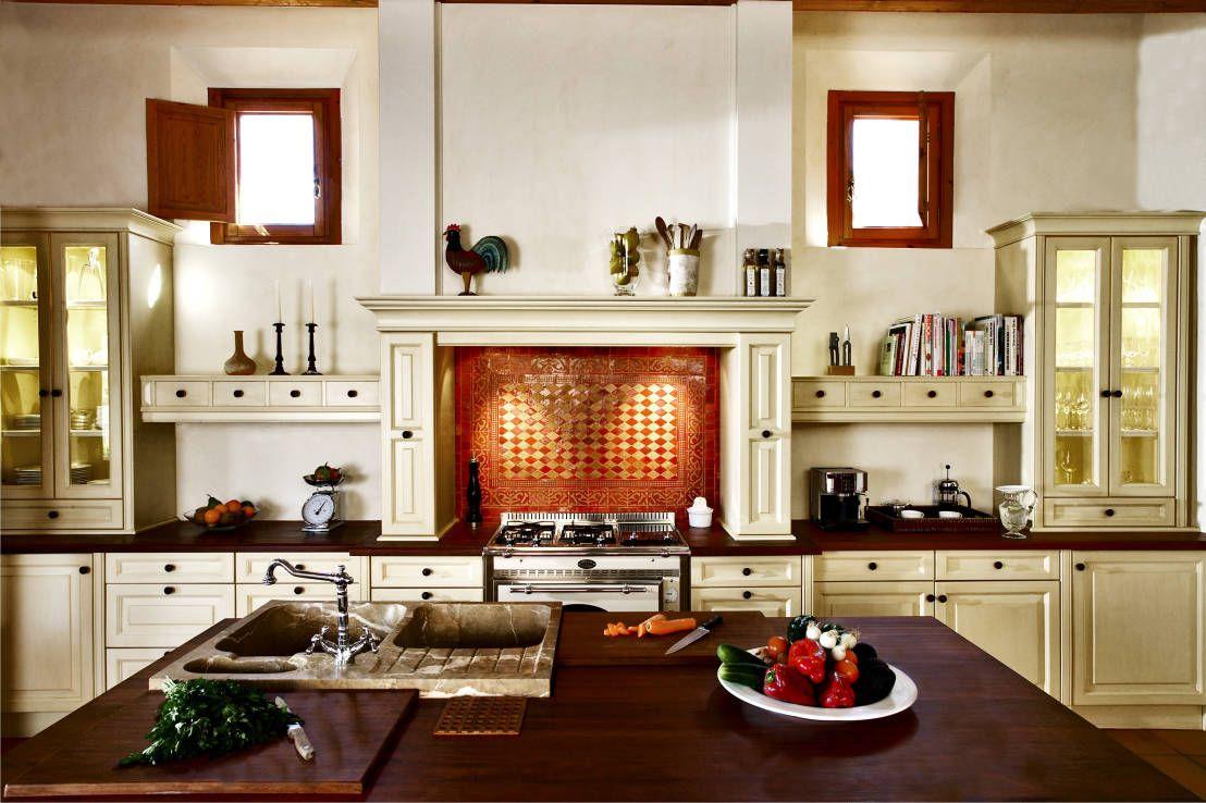 Die Küche mediterran einrichten   Neonfarben, mediterrane Küche und ...