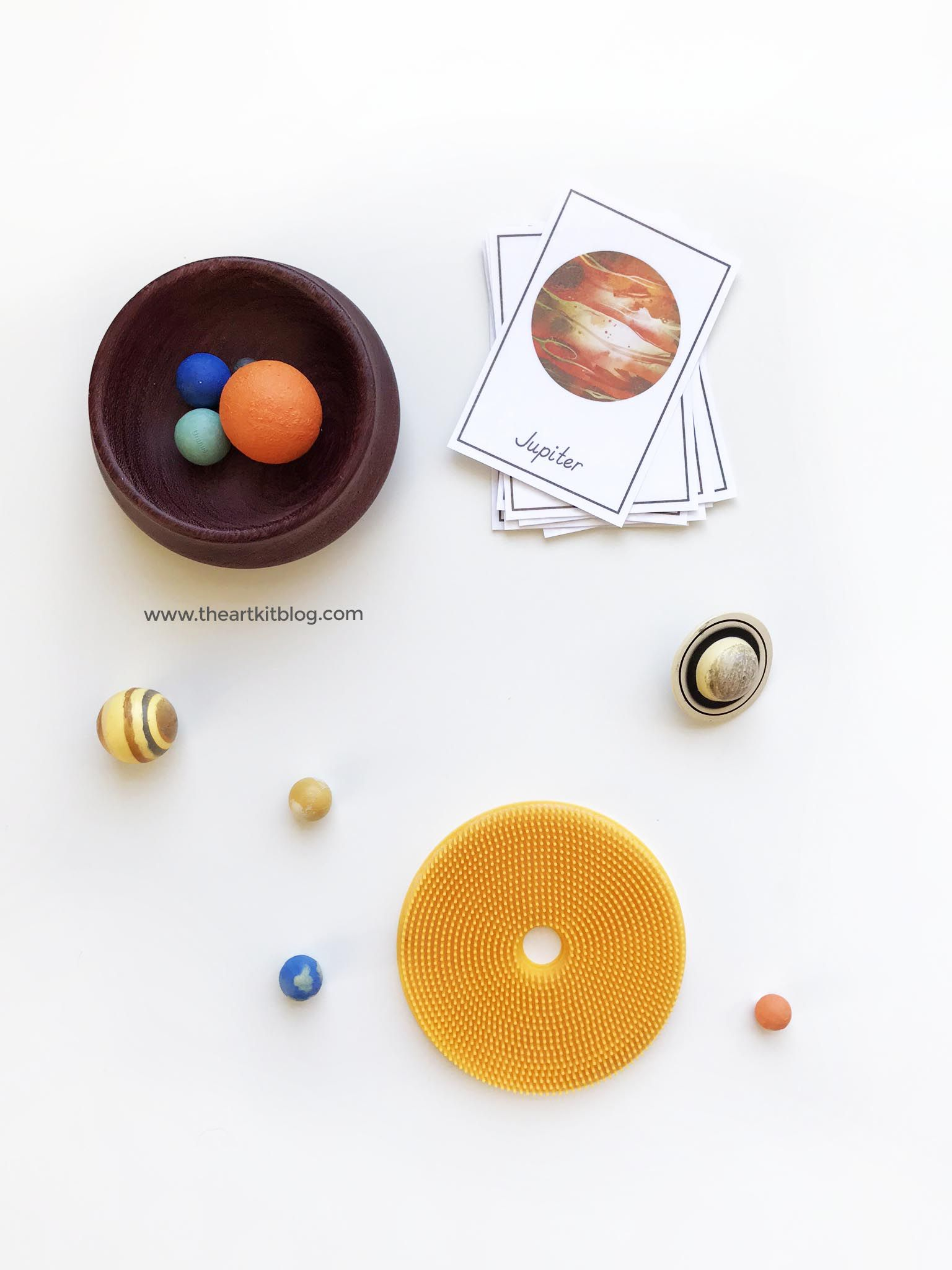 Outer Space 3 Part Planet Printable Cards
