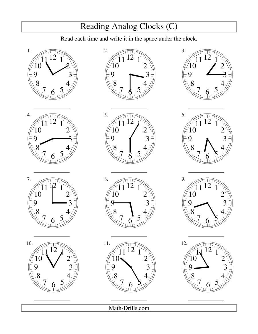 The Reading Time on an Analog Clock in 5 Minute Intervals