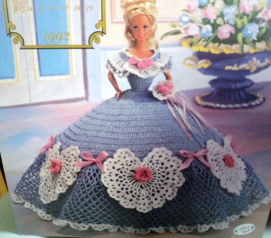 Antique Dollhouse of Patterns | Barbie | Pinterest | Crochet dolls ...