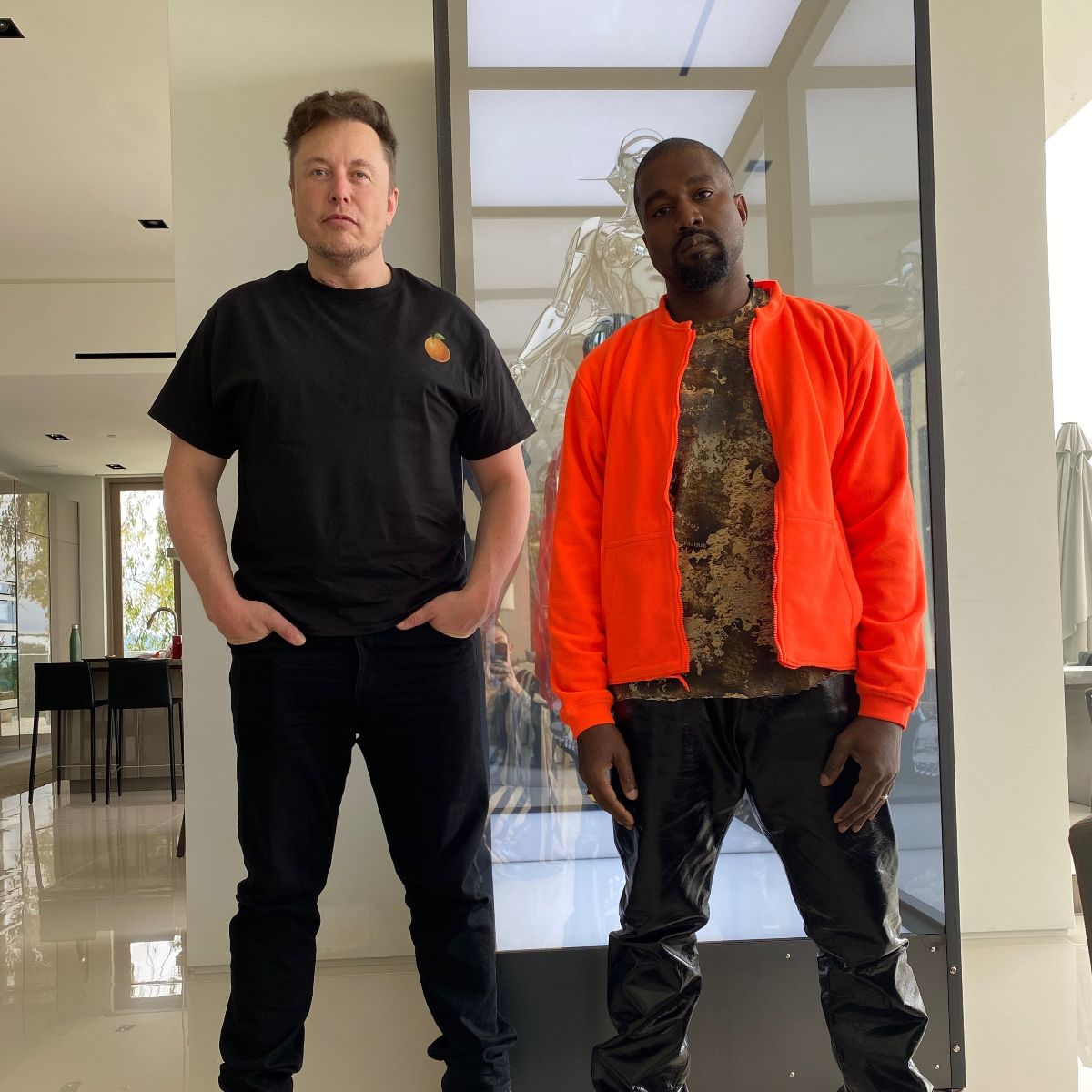 Kanye West And Elon Musk S Photo Is Winning The Internet For This Reason In 2020 Kanye West Kanye Elon Musk