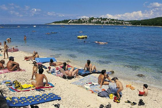 nude gulf yachting coast