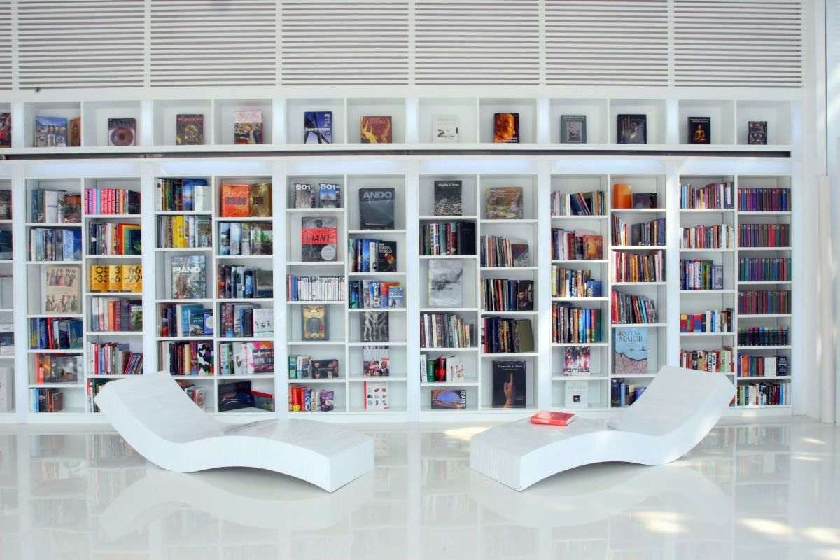 Excellent modern home library design enchanting modern for Mini library at home