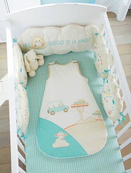 tour de lit modulable abracadableu multicolore les r ves. Black Bedroom Furniture Sets. Home Design Ideas