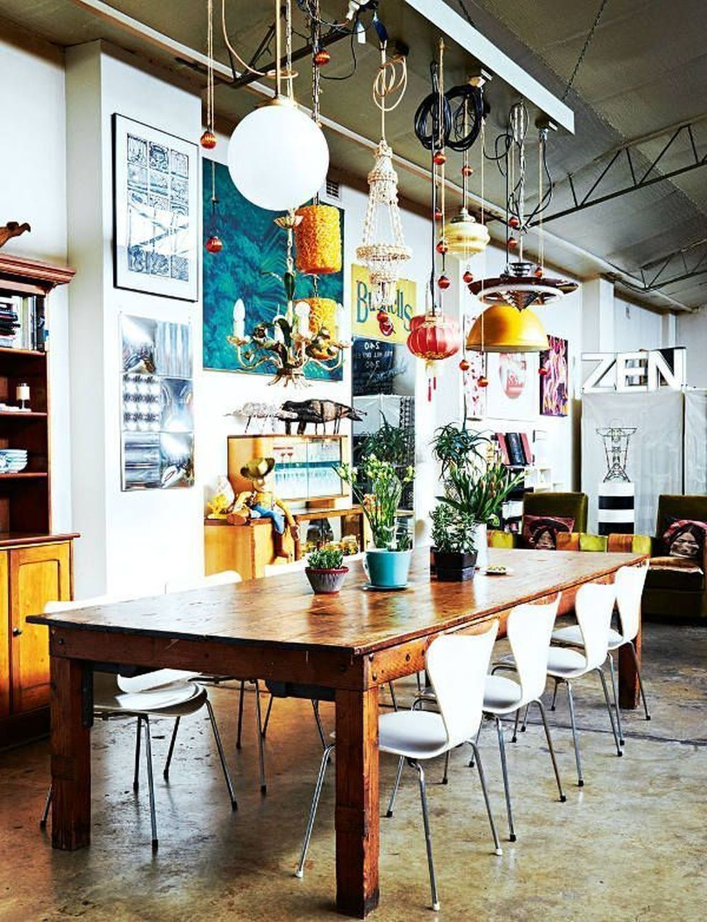Oltre 20 Straordinarie Idee Di Design Per La Sala Da Pranzo Con Stile Bohemien Dining Room Industrial Boho Dining Room Eclectic Dining Room