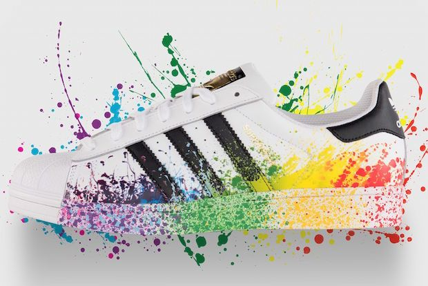 Le Pride Pack arc-en-ciel d'Adidas | Chaussure adidas ...