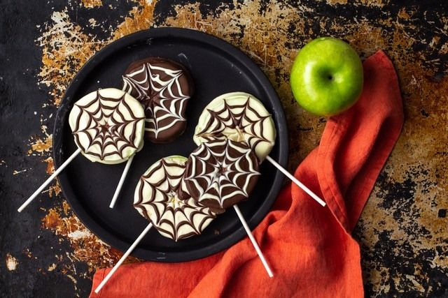 Apple Spider Web Pops Recipe Chocolate spiders
