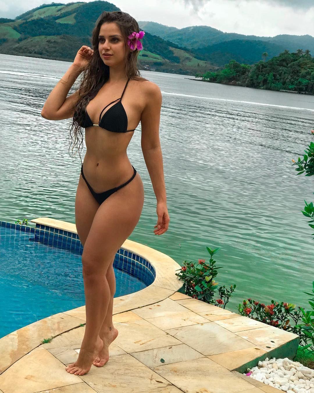 Big booty tan girls gif final, sorry