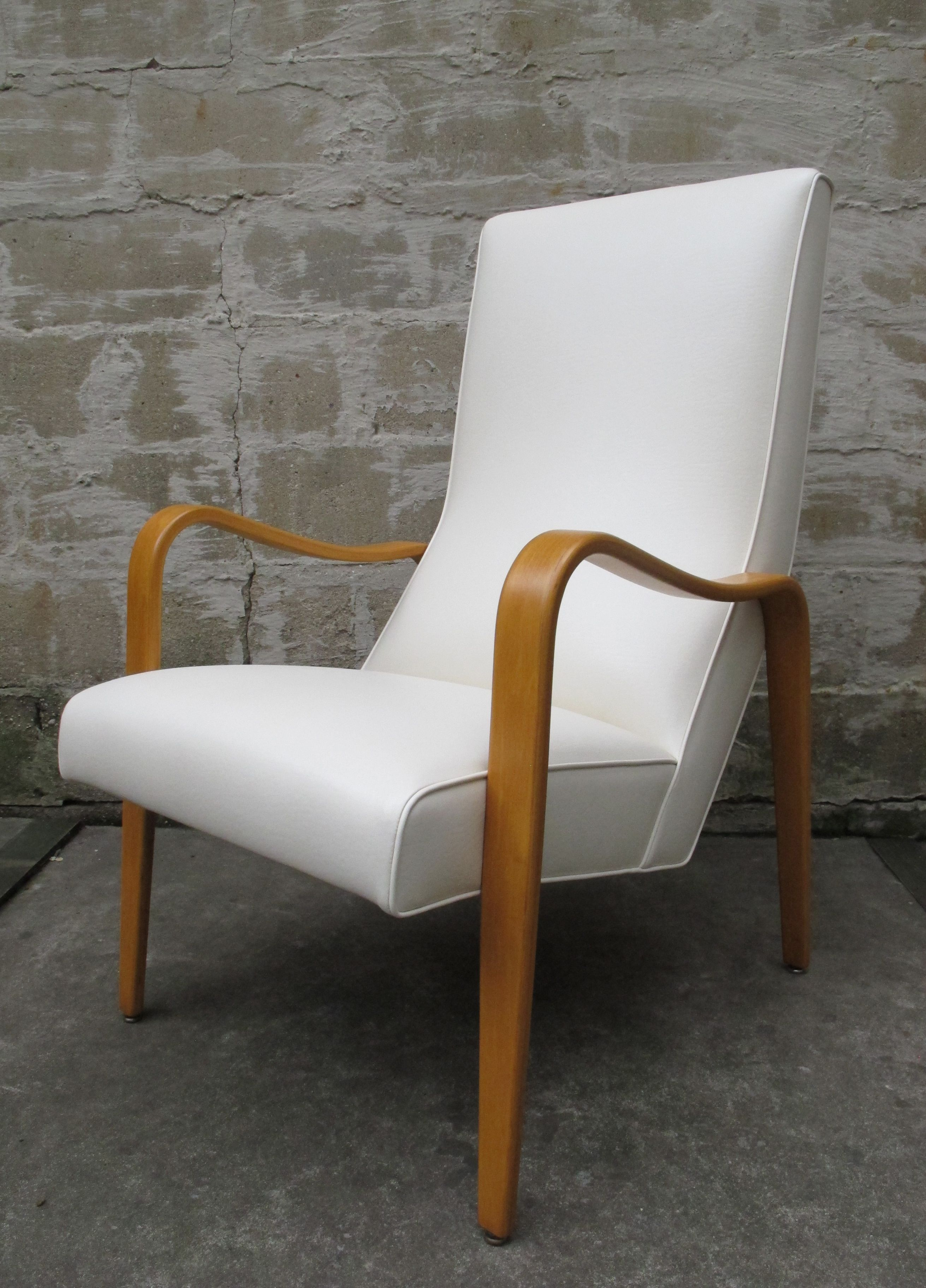 MID CENTURY ALVAR AALTO STYLE BENTWOOD LOUNGE CHAIR BY THONET