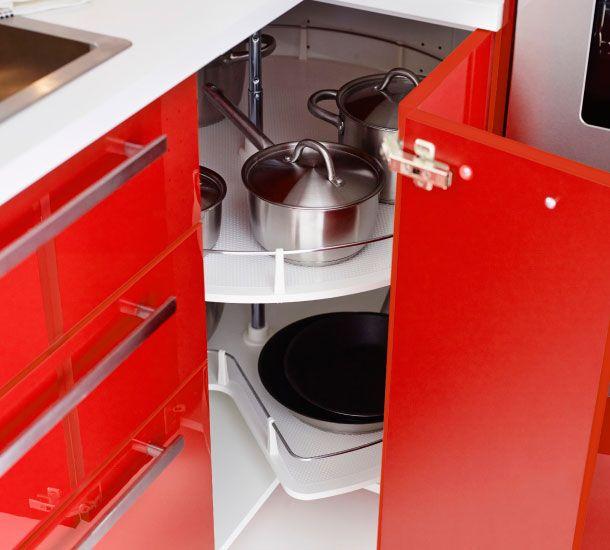 offener eckunterschrank mit karussell und pfannen | ikea küchen ... - Ikea Küche Eckschrank Karussell