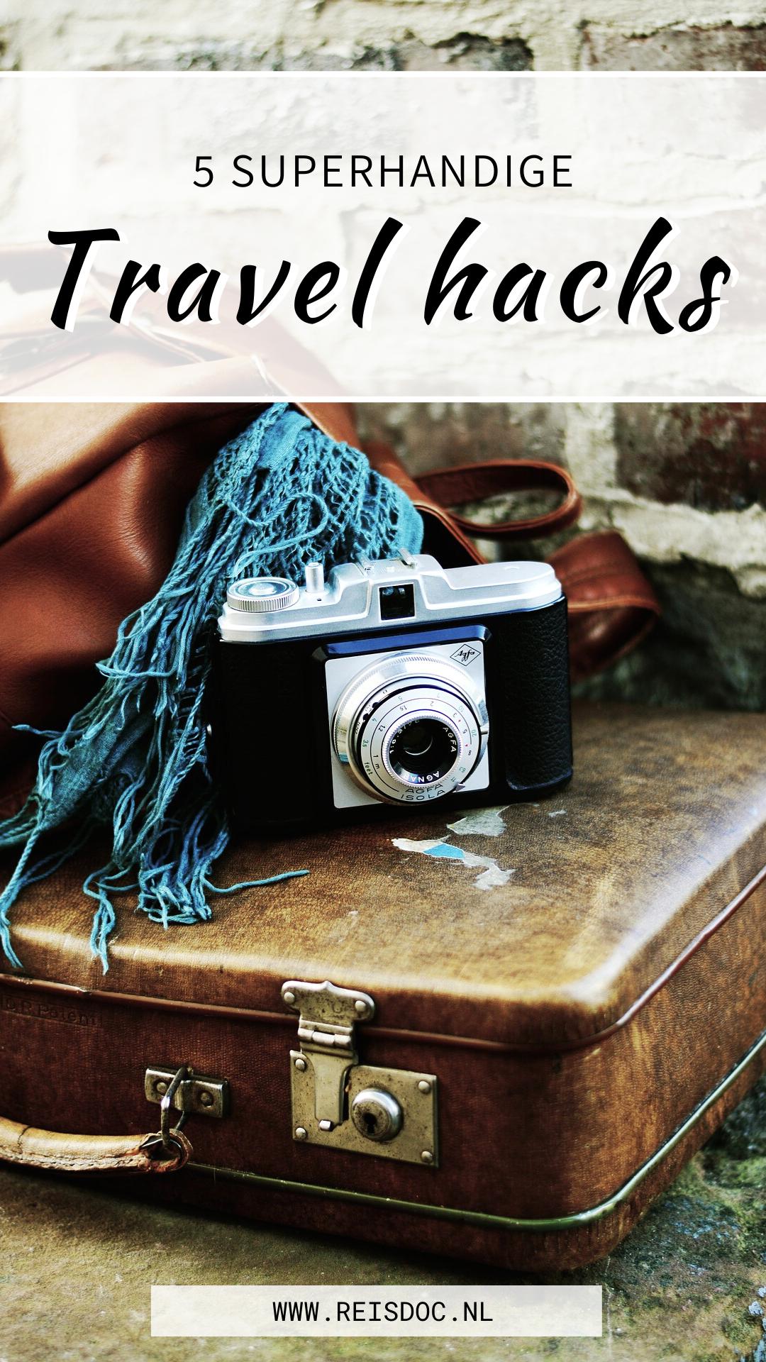 5 travel hacks die je leven zoveel makkelijker gaan makenDoor Chantal van Reisdoc.nl | Check mijn travel blog voor meer reis- en budgettips. In deze blogpost vind je o.a. tips over nooit meer wagenziek, films in het vliegtuig, travel hacks airplane, travel hacks packing, travel hacks snacks, travel hacks international, travel hacks long flights, travel hacks cheap, travel hacks videos. #travelhacks #traveltips #travelideas #backpacking