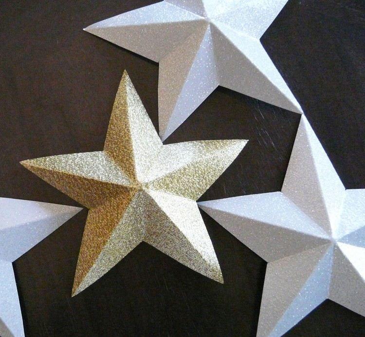Diy Weihnachtsstern Basteln: 3d Weihnachtssterne Aus Gold- Und Silberfarbenem